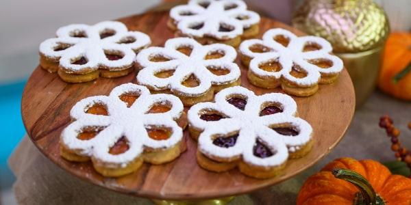 Biscuits aux fleurs de Linzer de Martha Stewart