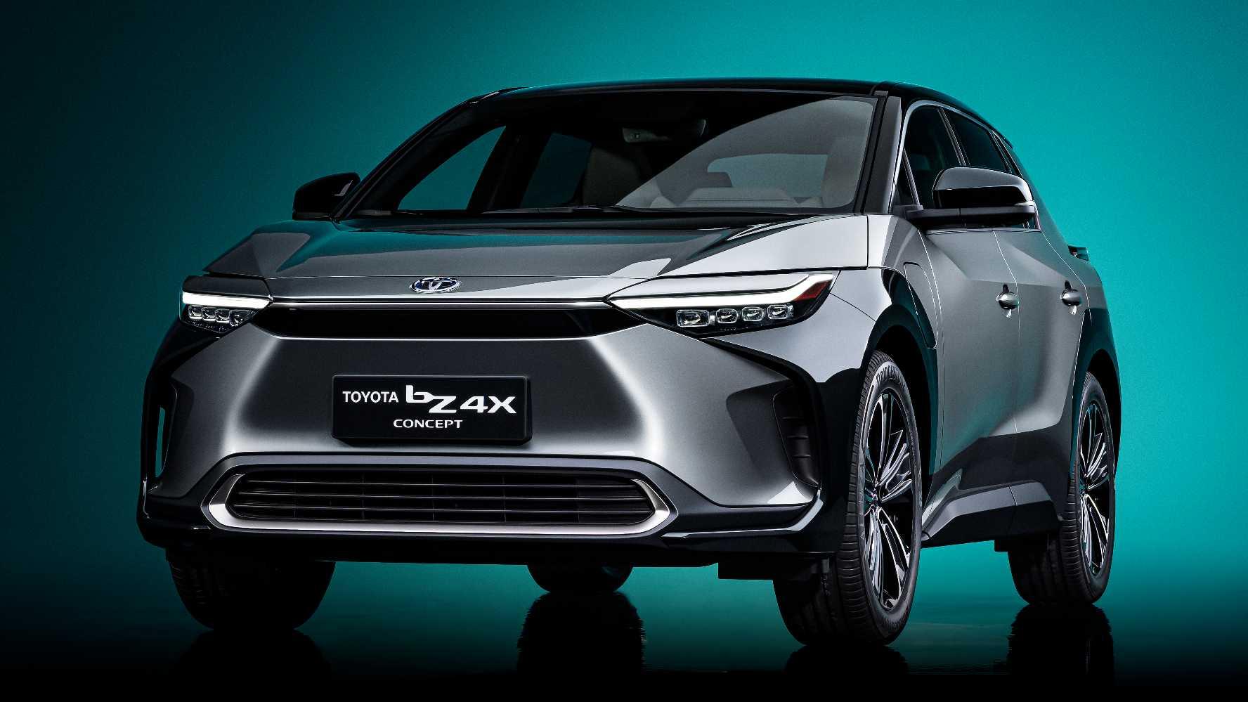 Le premier BEV mondial de Toyota, le SUV bZ4x, ne devrait entrer en production que d'ici 2022. Image : Toyota