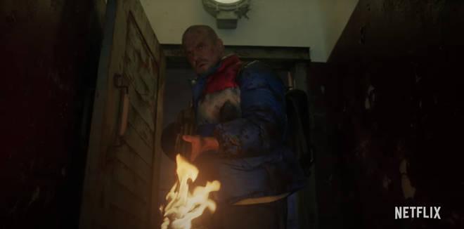 Hopper semble s'échapper de la prison russe dans Stranger Things 4
