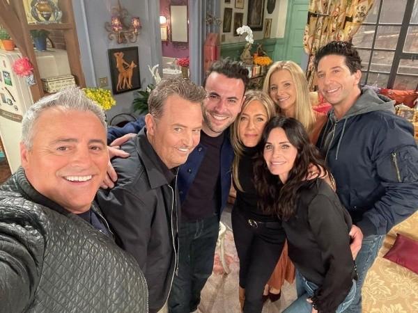 Le casting de Friends.  Photo: (HBO Max)