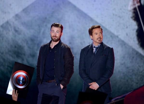 Robert Downey Jr et Chris Evans ont dit au revoir à Marvel.  Photo: (Getty)