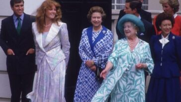 Il faisait partie de la royauté britannique et maintenant il s'est porté volontaire pour collaborer avec The Crown