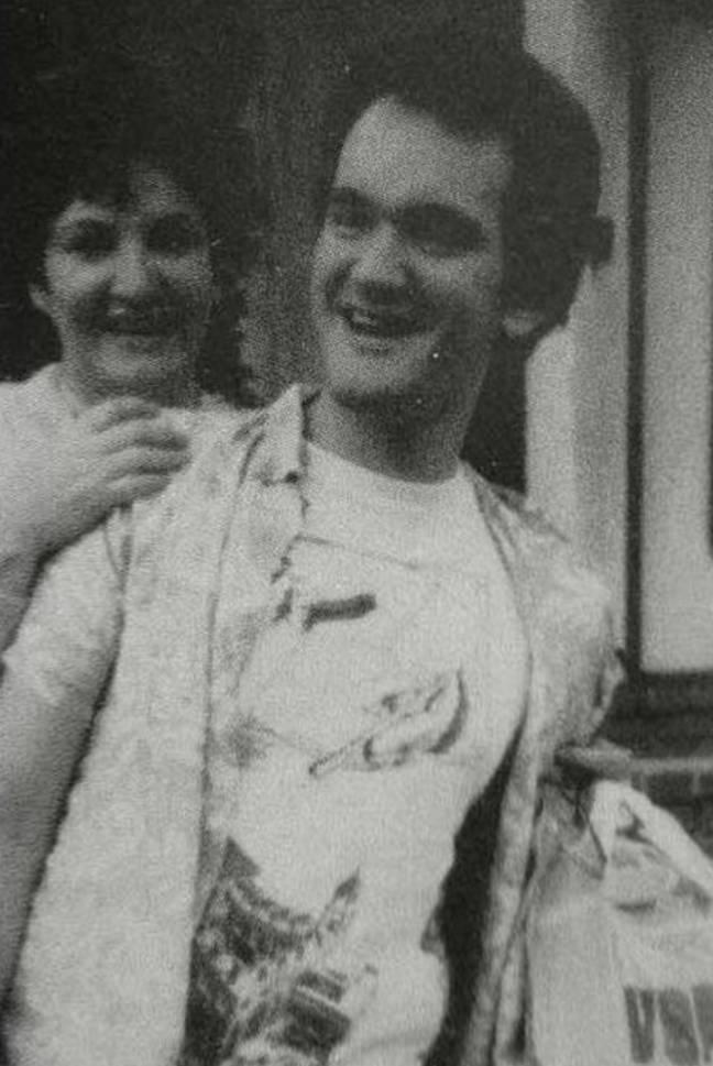 Tarantino avec sa maman, Connie Zastoupil.  Crédit : photo de famille