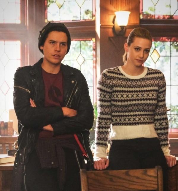 Lili et Cole pendant les enregistrements.  Photo: (La CW)