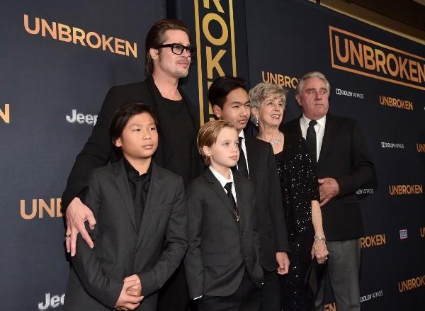 Brad Pitt avec certains de ses enfants.  Photo: (Getty)