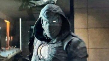 Que signifie le costume de M. Knight que Moon Knight porterait dans sa série ?