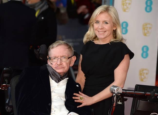 Lucy Hawking avec son père en 2015. Crédit : PA