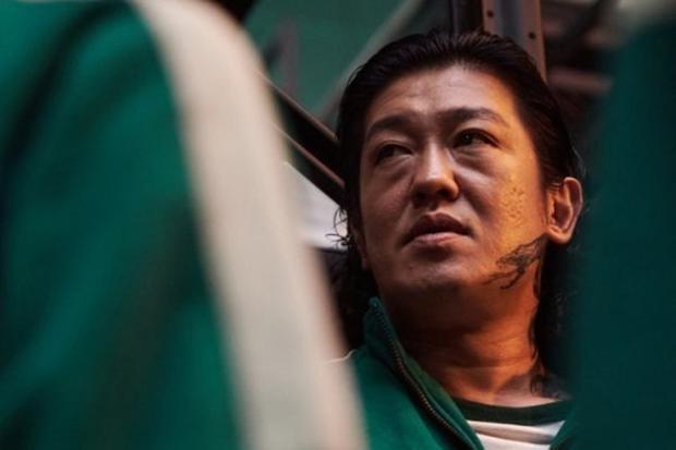 Deok-soo a eu plusieurs alliés dans le jeu, mais n'a même pas réussi à échapper à son destin (Photo: Netflix)