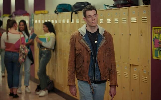 Connor Swindells dans le rôle d'Adam Groff.  Crédit : Netflix
