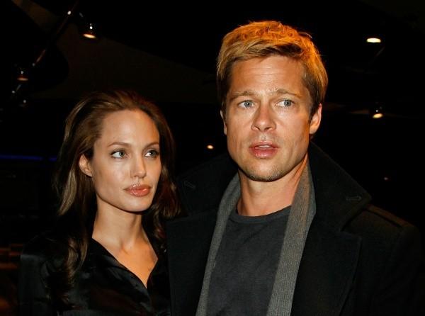 Brad Pitt et Angelina Jolie à leurs balbutiements.  Photo: (Getty)