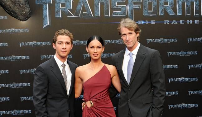 (LR) Shia LaBeouf, Megan Fox et le réalisateur Michael Bay à la première de Transformers 2 en Allemagne en 2009. (Crédit: PA)