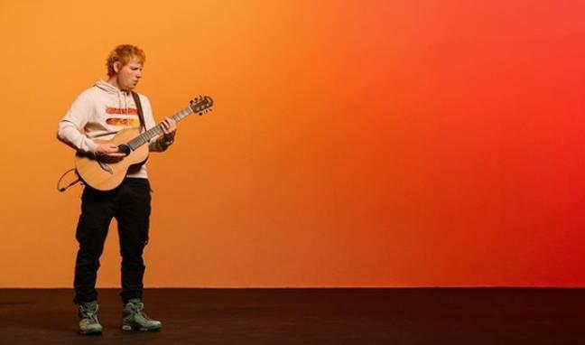 Marchandise non officielle '=' d'Ed Sheeran.  (Crédit: Instagram/@teddysphotos)