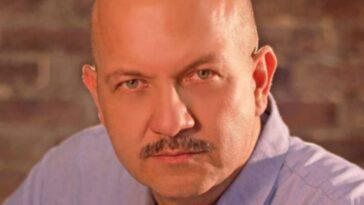 """""""La fin du paradis"""": qu'est-il arrivé à Manuel Antonio Gómez, l'acteur qui a joué l'homme de main de La Diabla"""