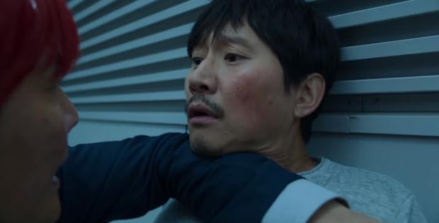 Gi-hun a empêché un autre homme de s'impliquer dans le jeu sadique de (Photo : Netflix)
