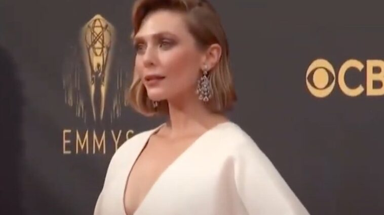 Les Jumelles Olsen Ont Conçu La Robe Emmys De Sœur