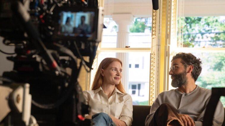 Secrets d'un mariage : Jessica Chastain révèle qu'elle a pleuré pendant quatre mois au fil de la série
