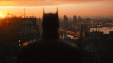 Le Batman Veille Sur Gotham Dans Une Nouvelle Image De
