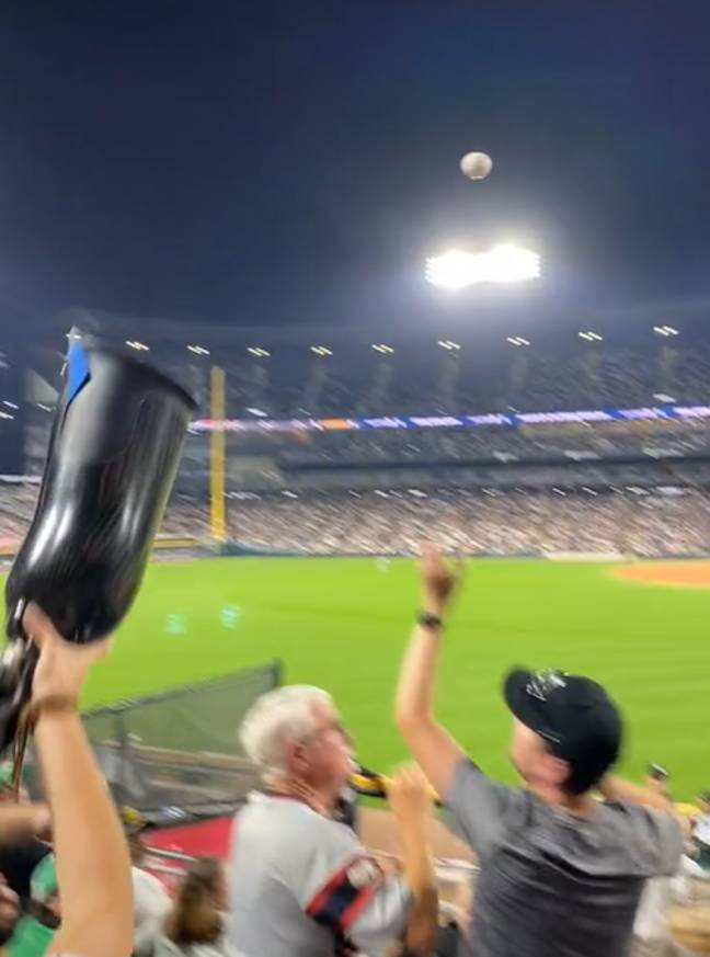 Lady catches baseball on her prosthetic leg throughout Chicago White Sox sport